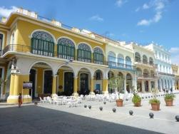 plaza-vieja-old-havana-1
