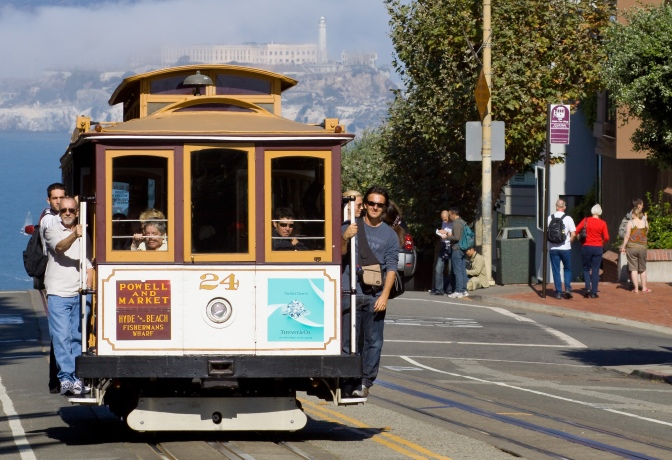 San_Francisco_Cable_Car_MC.jpg