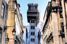 Ascensore-di-Lisbona-l_Elevador-de-Santa-Justa-©-Andrea-Lessona